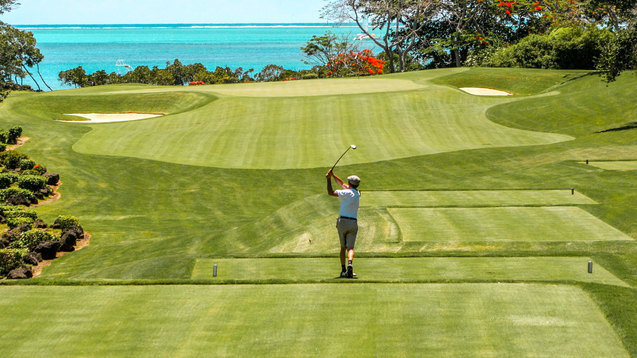 Tee off Time in the Tropics